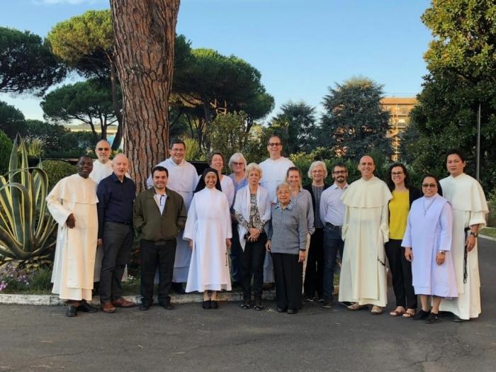 Peserta pertemuan tahunan Komisi Internasional Dominikan untuk Keadilan dan Perdamaian di Roma