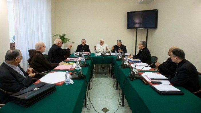 Paus Fransiskus bersama Dewan Kardinal  (foto file )  (© Vatican Media)