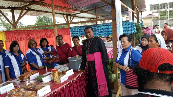 Mgr John Philip Saklil Bapak Tungku Api Kehidupan Pelopor Pemberdayaan Masyarakat1