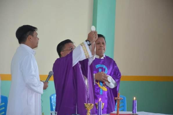 Theodorus Camp ditutup dengan Misa: saat lulus siswa harus sudah punya misi  (PEN@ Katolik/ampcp)