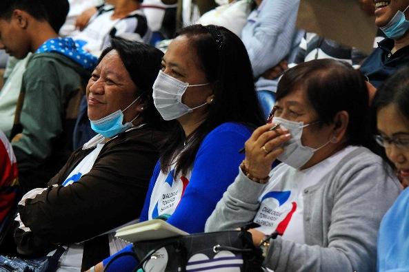 Para peserta Konferensi Filipina tentang Evangelisasi Baru di Kota Quezon, 29 Januari, mengenakan masker wajah. Foto PCNE/RCAM AOC