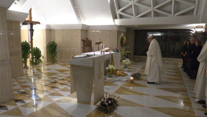 Paus di Casa Santa Marta 1