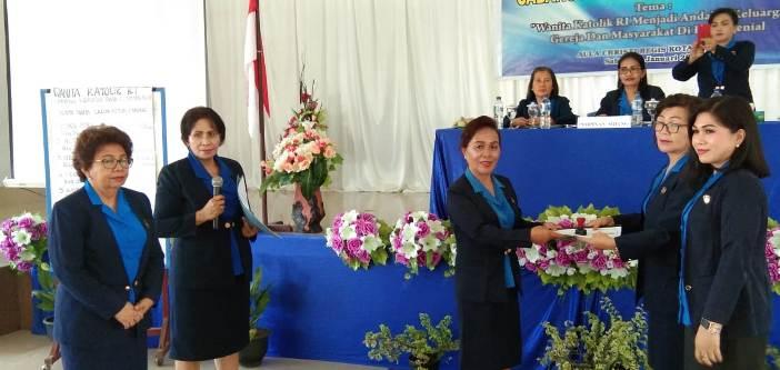 Serah terima jabatan di WKRI Kotamobagu (PEN@ Katolik/ampcp)