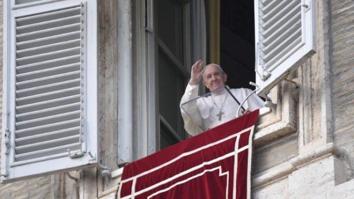 Paus Fransiskus memimpin umat beriman dalam Doa Angelus (Vatican Media)