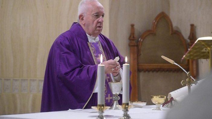 Paus Fransiskus dalam Misa di Casa Sant Marta, 28 Februari 2020.  (Vatican Media)