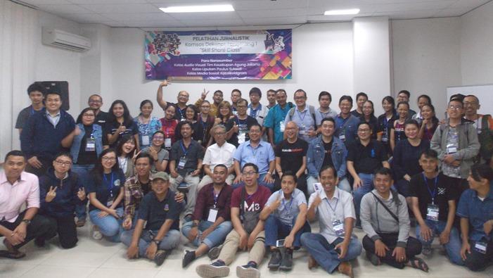 Peserta Kursus jurnalistik Dekenat Tangerang 1 (PEN@ Katolik/krm)