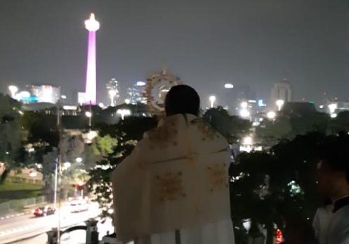 Nuncio memberkati Jakarta dan Indonesia 3