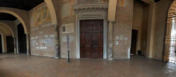 Pano-Basilica-S-Sabina-statua-S-Rosa