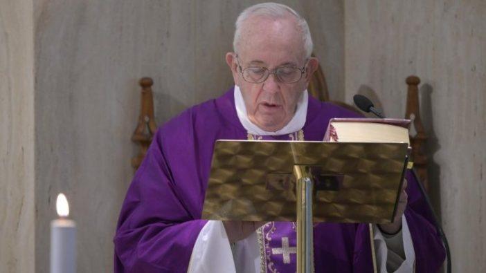 Paus dalam Misa di Casa Santa Marta 23 Maret 2020