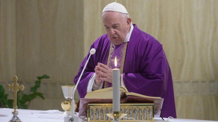 Paus dalam siaran langsung Misa di  Santa Marta, 9 Maret 2020 (Vatican Media)