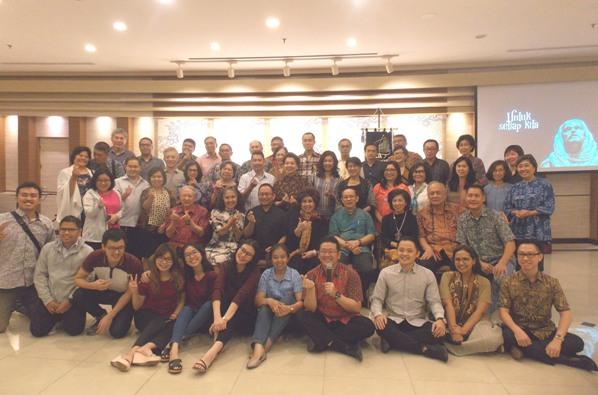 Anggota PUKAT KAJ peserta talk show tentang Keluarga Katolik (PEN@ Katolik/krm)