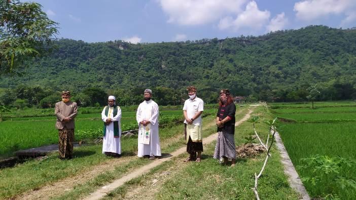 Doa tokoh agama