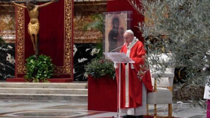 Paus dalam Minggu Palma (Vatican Media)