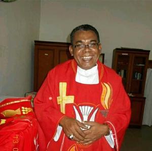 Pastor Herry Naebobe Pr
