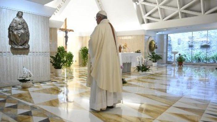 Paus dalam Misa 11 Mei di Casa Santa Marta (Vatican Media)