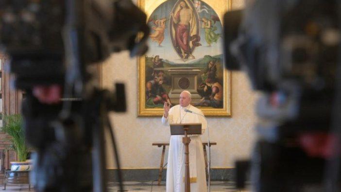 Paus dalam Regina Caeli  (Vatican Media)