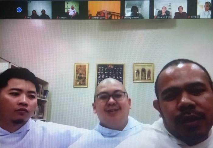 Frater Rambang, Frater Elson dan Frater Aris,  para frater calon imam OP Indonesia di Filipina