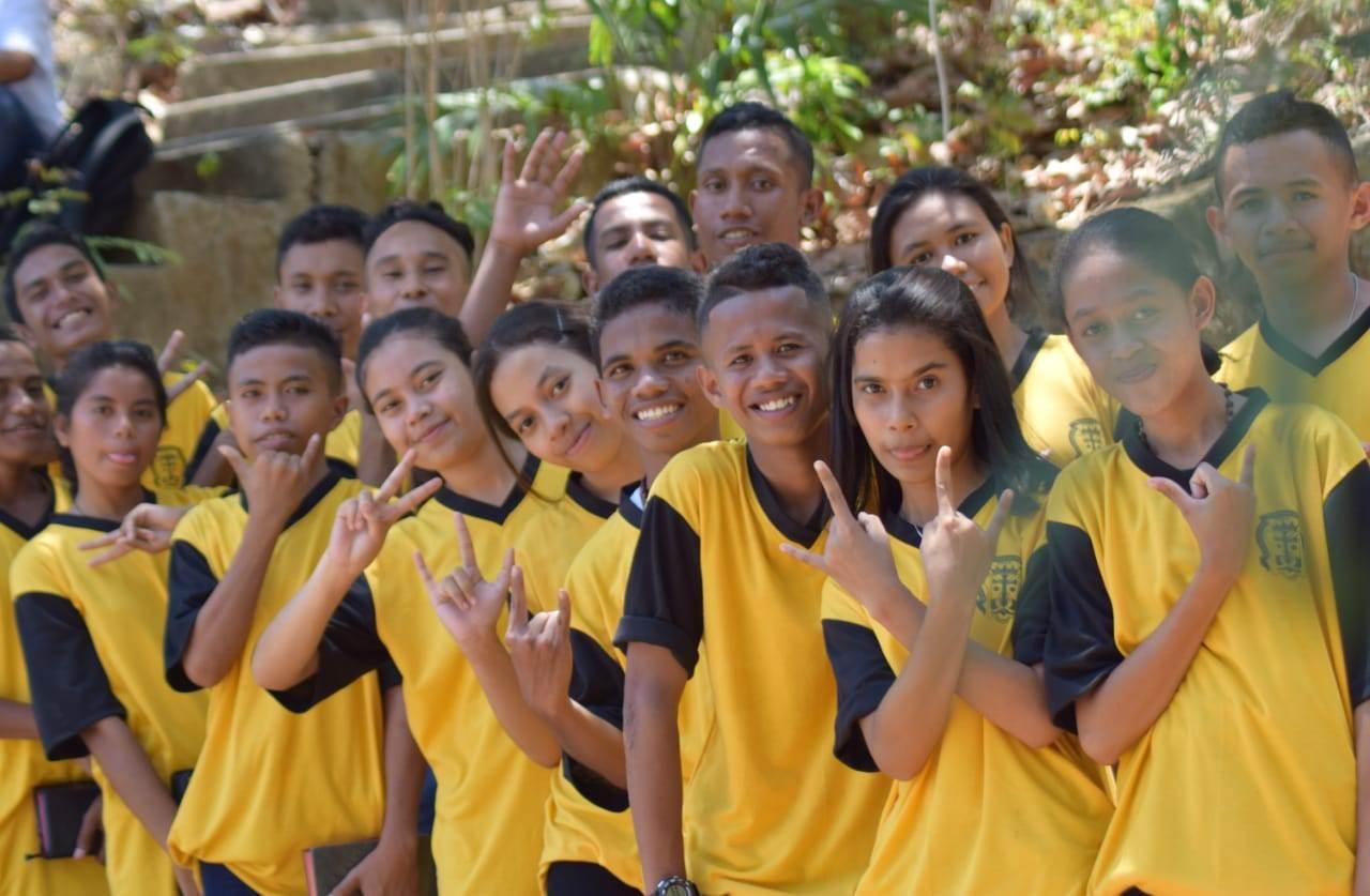 Sebagian peserta didik SMAK Santa Maria Monte Carmelo pada ziarah rekreasi dan correctio fraterna di rumah retret Mageria Mauloo beberapa waktu lalu (Dokumen Sekolah)