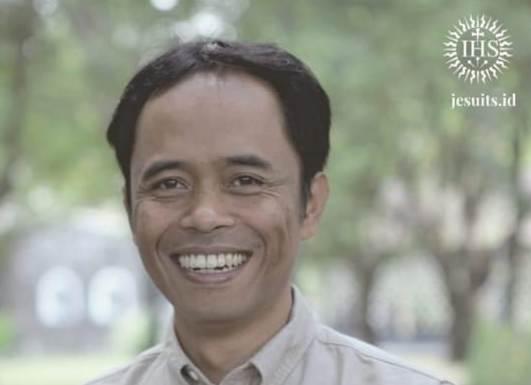 Pastor Benedictus Hari Juliawan SJ