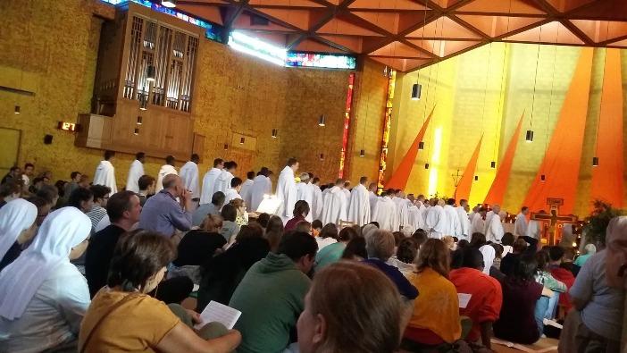 Doa bersama Komunitas Taize