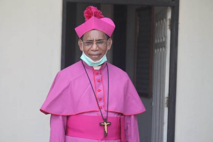 Mgr Dominikus Saku/PEN@ Katolik/sld