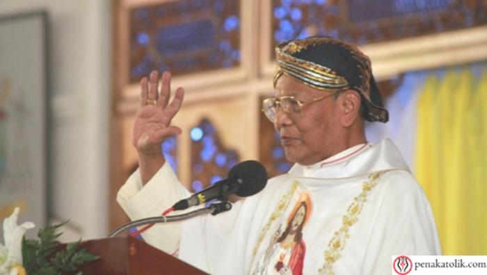 Mgr Julianus Kema Sunarka SJ  (PEN@ Katolik/pcp)