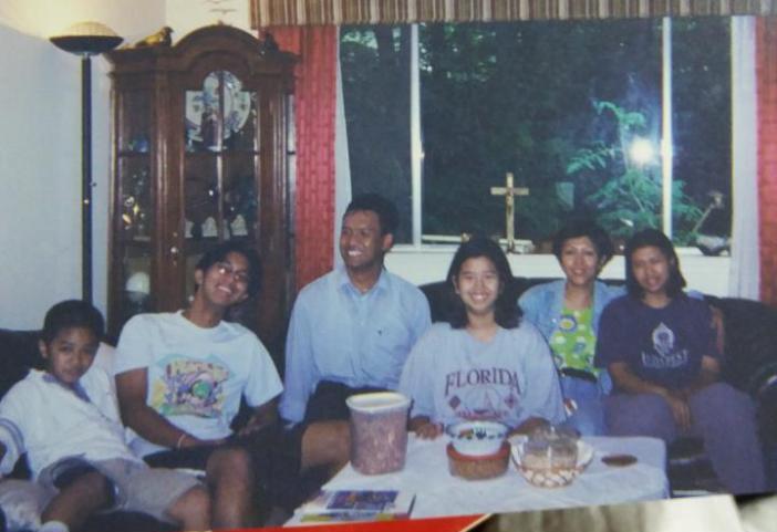 Bersama Pastor Gregorius Budi Subanar SJ di rumah di Rockville, Maryland