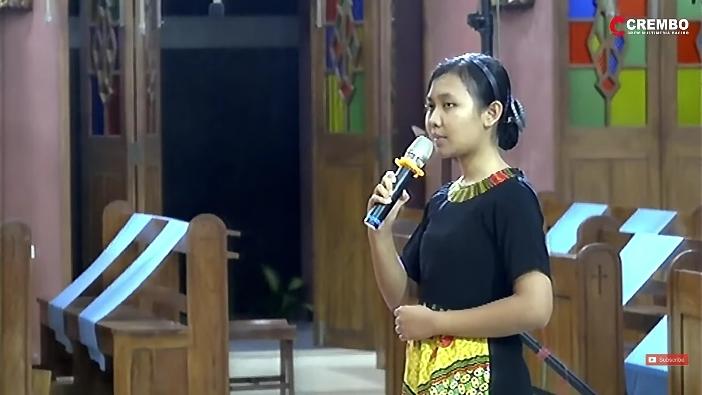 Anastasia Dyah Puwanitasari, saat menyatakan kesediaan  menjadi biarawati dalam Kongregasi Suster-Suster Santo Dominikus di Indonesia dan menjalani masa pendidikan biarawati (Tembakan layar oleh PEN@ Katolik/pcp)