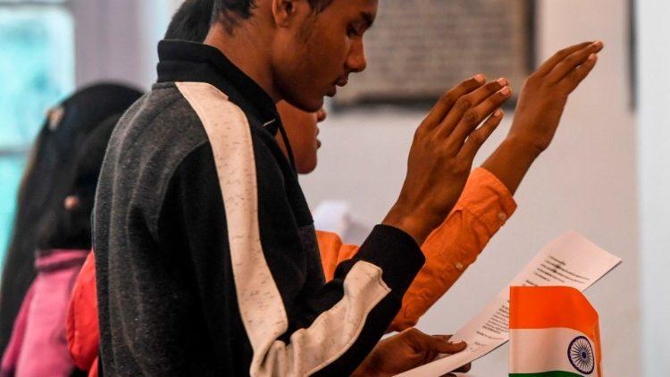 Umat Kristen di India menghadapi peningkatan penganiayaan terhadap umat Kristen (AP)