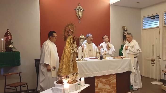 Empat imam Dominikan (OP) di Pontianak bersyukur atas 14 tahun kembalinya Misi Imam Dominikan di Indonesia (PEN@ Katolik/semz)