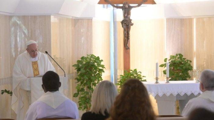 Paus Fransiskus rayakan Misa untuk memperingati ulang tahun ke-7 kunjungannya ke Pulau Lampedusa Italia (Media Vatikan)