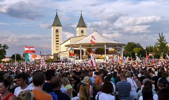 Foto arsip Festival Medogorje ke-25 tahun 2014 dati Pansion Turudic Medjogorje