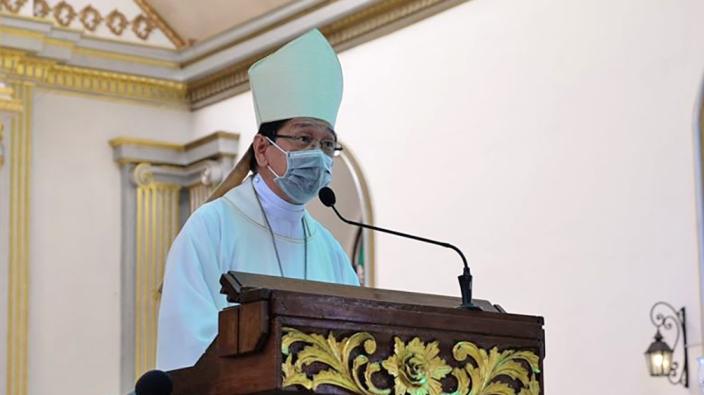 Uskup Dumaguete Mgr Julito Cortes