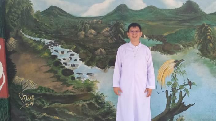 Diakon Budi 4