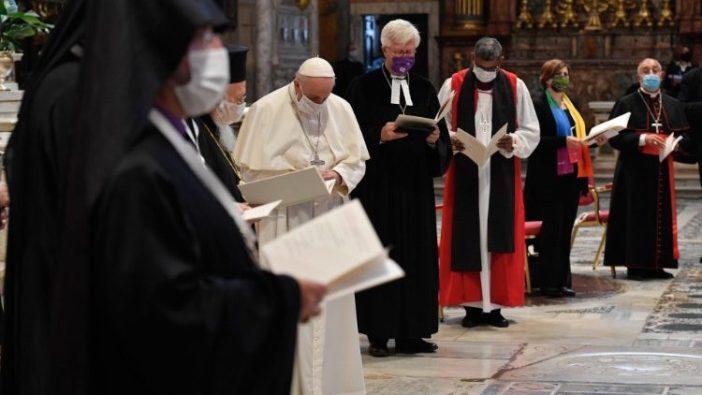 Momen doa untuk perdamaian (Vatican Media)