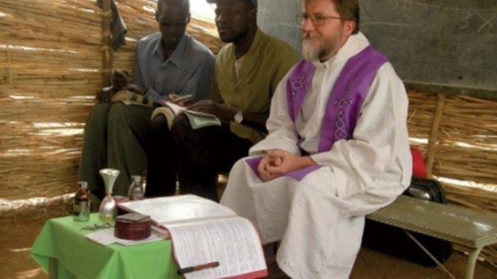 Pastor Pier Luigi Maccalli dalam misinya di Neger (ANSA)