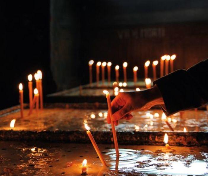 Berjaga-jagalah senantiasa sambil berdoa