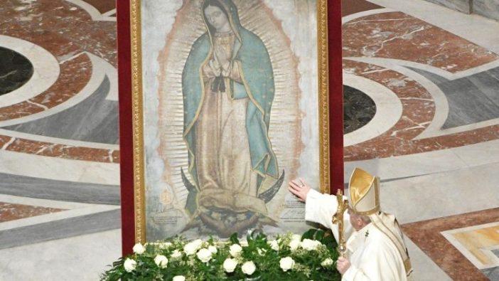 Paus Fransiskus merayakan Misa untuk Pesta Bunda Maria dari Guadalupe di Basilika Santo Petrus 12 Desember 2020