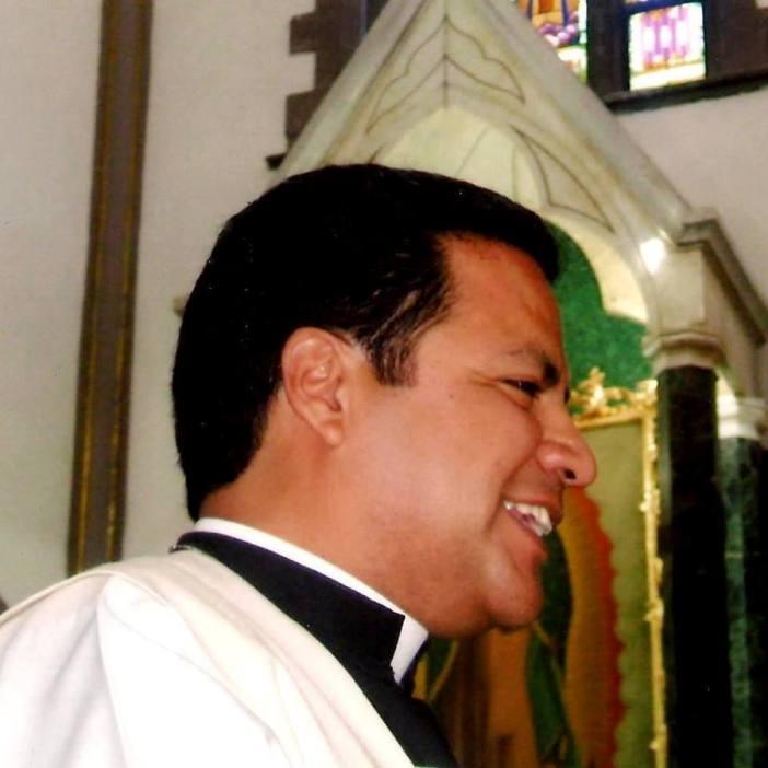 PADRE-JOSE-RODRIGO-LOPEZ-CEPEDA-02-@parroquia.delapaz 3