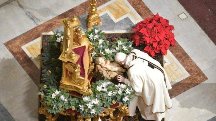 Paus dalam Misa natal di Malam Hari 5
