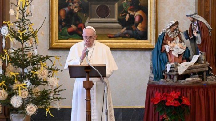 Paus dalam Angelus Epifani 6 Januari