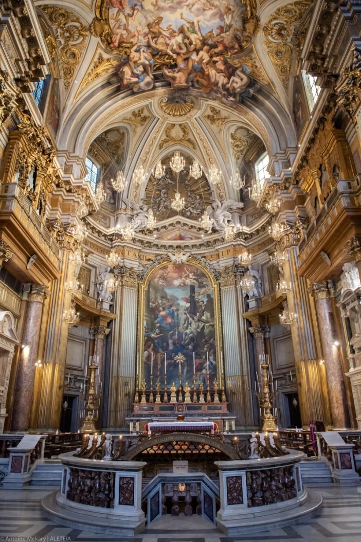 Basilika Dua Belas Rasul (tempat suci dan apse). Basilika Dua Belas Rasul adalah milik Kementerian Dalam Negeri Italia. © Antoine Mekary | ALETEIA