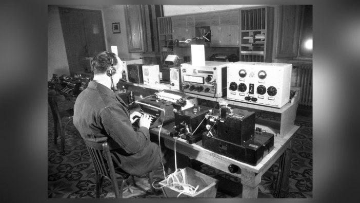 Suasana Radio Vatikan tahun 1940-an
