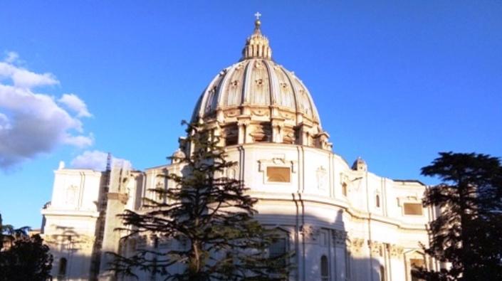 Bagian belakang Basilika Santo Petrus diambil (PEN@ Katolik/paul c pati)