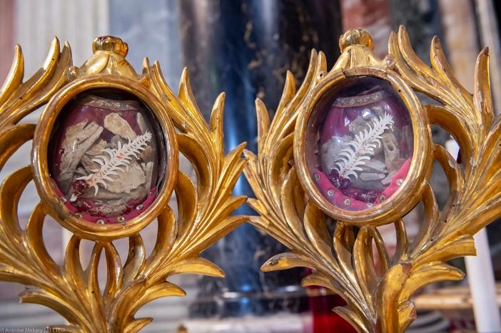 Relikui-relikui Santo Vitalis, disimpan di Basilika Santo Vitalis di Fovea. Basilika Santo Vitalis di Fovea adalah milik Kementerian Dalam Negeri Italia. © Antoine Mekary | ALETEIA