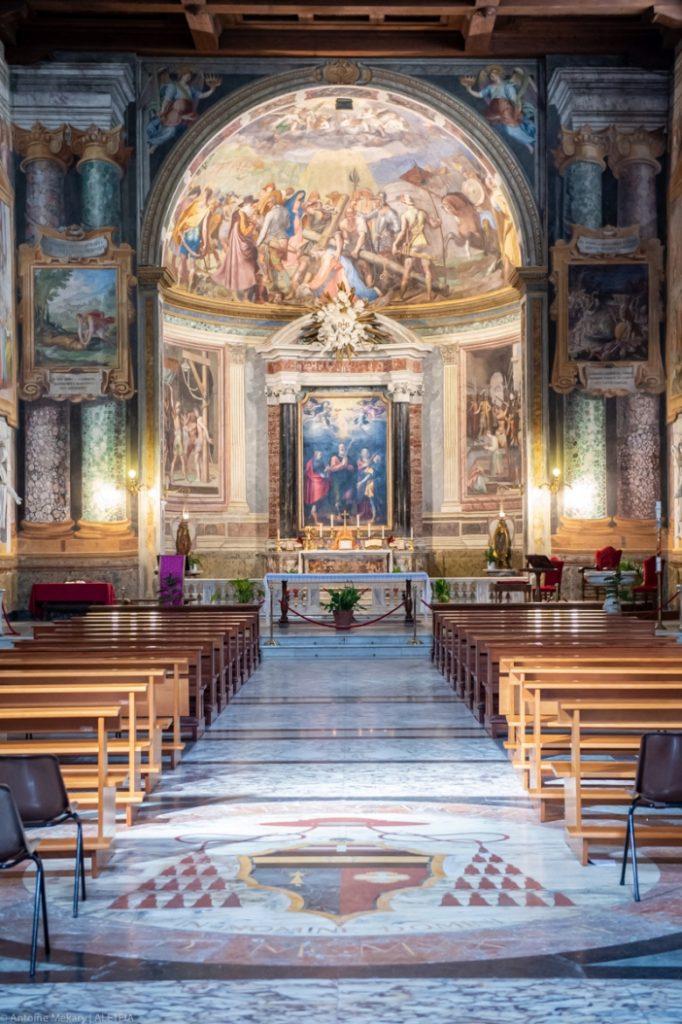 Interior Basilika Santo Vitalis di Fovea. Basilika Santo Vitalis di Fovea adalah milik Kementerian Dalam Negeri Italia. © Antoine Mekary | ALETEIA