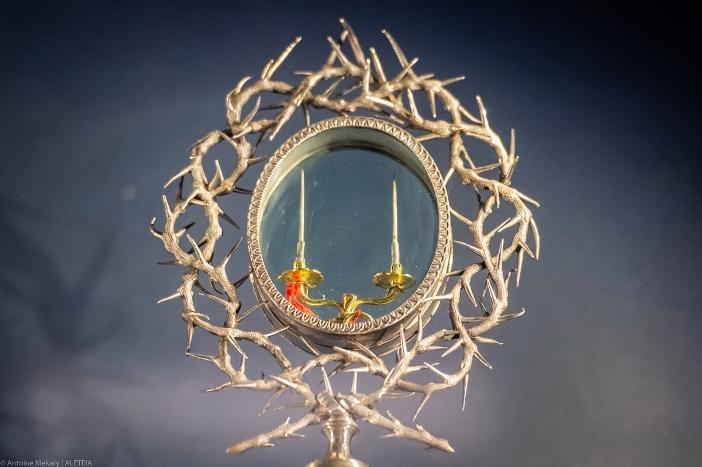 Basilika Salib Suci di Yerusalem. Relikui duri-duri dari Mahkota Duri. Basilika Salib Suci di Yerusalem adalah milik Kementerian Dalam Negeri Italia. © Antoine Mekary | ALETEIA