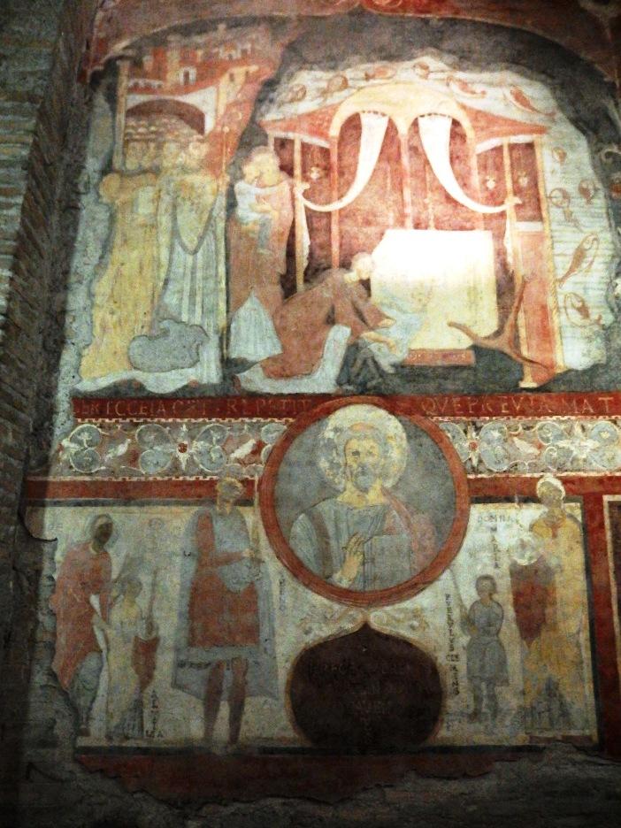 Basilika Santo Klemens. Lukisan itu menggambarkan keajaiban Laut Azov: seorang anak yang ditelan laut ditemukan hidup-hidup setahun kemudian di makam Santo Klemens © Palickap, (CC BY-SA 3.0) melalui Wikimedia Commons