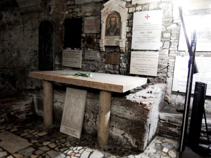 Basilika Santo Klemens. Makam Santo Sirilus, salah satu santo pelindung Eropa. © Palickap, (CC BY-SA 3.0) melalui Wikimedia Commons