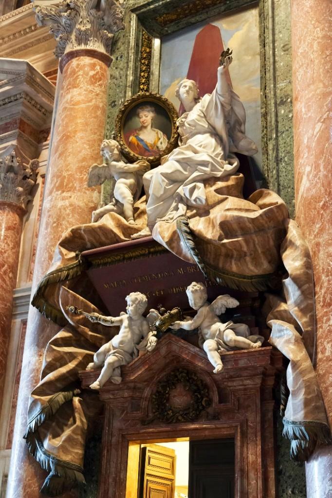 Basilika Santo Petrus. Makam Klementyna Sobieska. © volkova natalia | Shutterstock